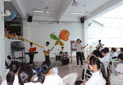Students' Performance 沙SHOW